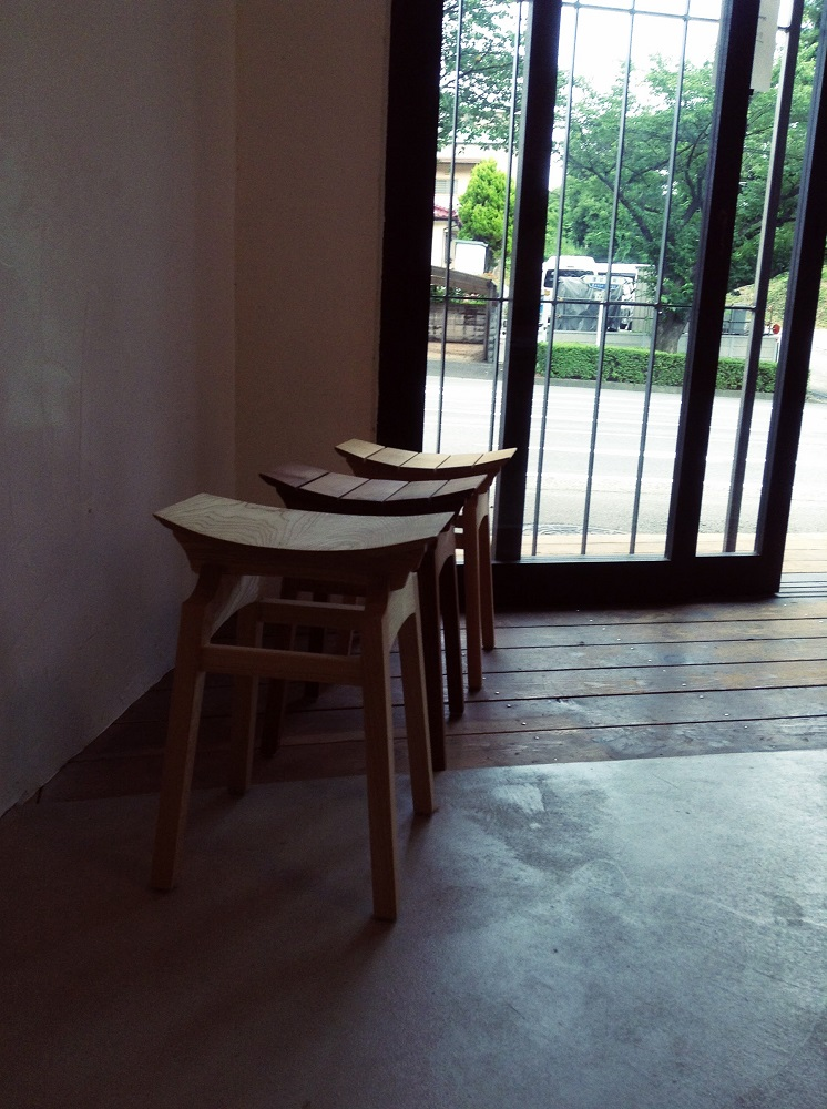U-stool3.jpg