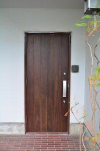 a(E-door)