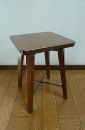 stool1b.jpg