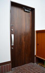 a(E-door)2