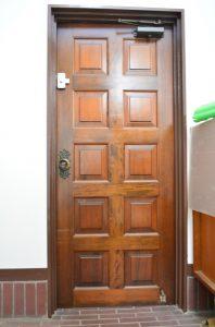 b(E-door)2